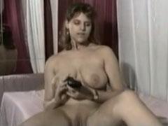 Dicke Titten dicker Dildo