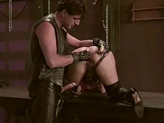 Fetisch Sklavin wird erniedrigt