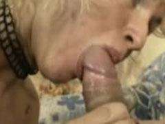 Reife Mutter ist bereit für einen Arschfick