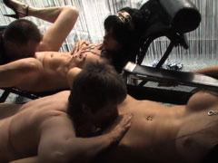 Sex Orgie mit reifen Frauen und dicken Schwänzen