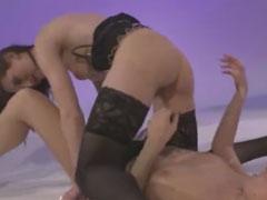 Zwei Pornostars drehen einen Lesben Porno