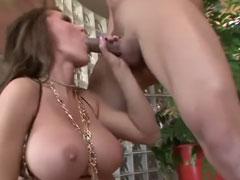 Deutsche Schlampe im neuen Amateur Sex Porno