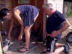 Deutscher Porno mit Opa und Mädchen